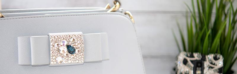 シンプルなデコのバッグ