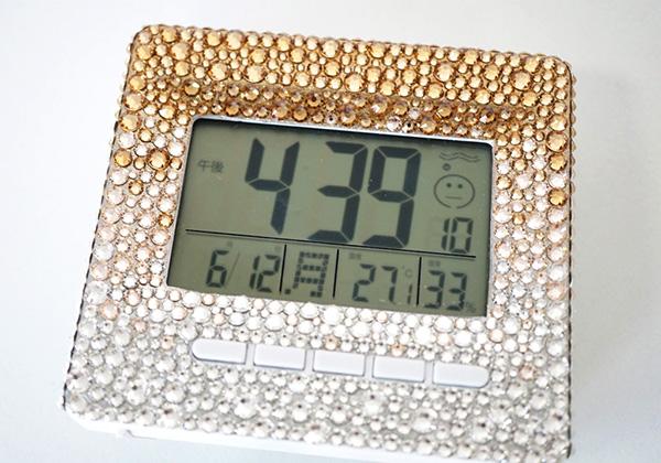 置時計のデコ